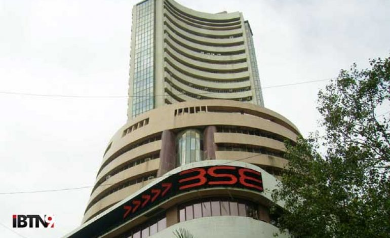 India's Stock Market: Over Rs.4 Lakh Cr. Lost in an Hour